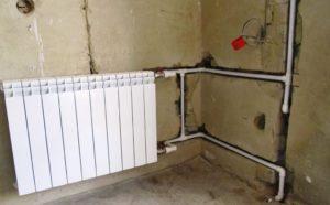 Монтаж трубы отопления в стене (стояк)