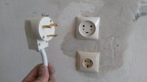 Установка розетки для электрической плиты