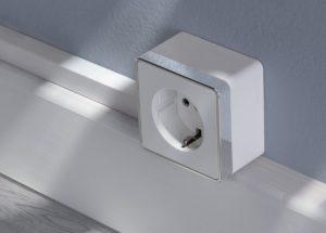 Установка накладной электроточки (розетка, выключатель)